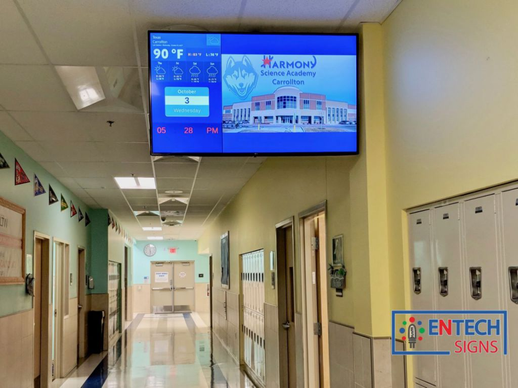 Indoor Digital Signage for Schools